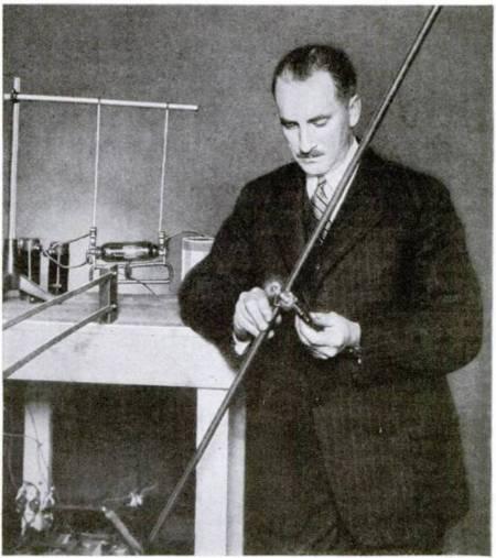 Dr Phillip Thomas